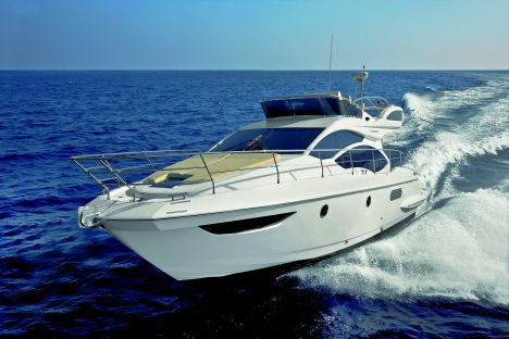 AZIMUT 38 FLY. Azimut 38 Fly. A flying bridge yacht where Azimut ...