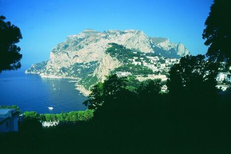 Gulf of Naples - Yacht charter, boat rental, travels, cruises