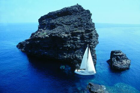 Sicily - Yacht charter, boat rental, travels, cruises